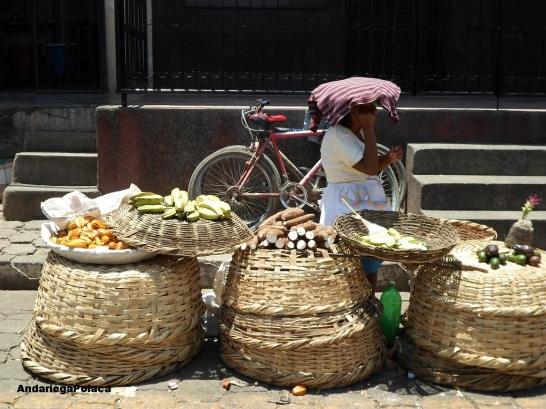 Targ uliczny w Masatepe, Nicaragua/El mercado callejero en Masatepe
