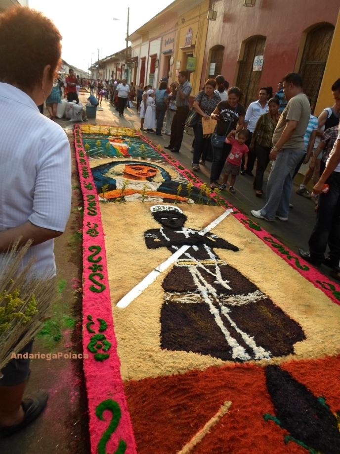 Las alfombras de acerrin en León/Nicaragua